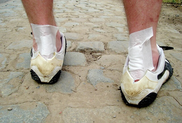 Does gout make your feet sore like running a marathon?
